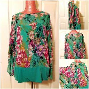 Sale🌷Jennifer Lopez Floral Print Blouse Size 1X